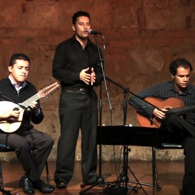 Misa Colombiana - Misa con tiple, bandola, guitarra y tenor para matrimonios y bodas. Cantante para misa matrimonio bogota